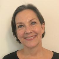 Linda Lapp, Creative Services Consultant